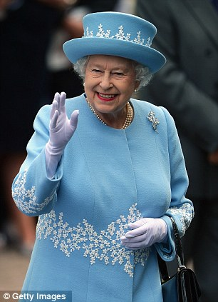 queen-blue-dress.jpg