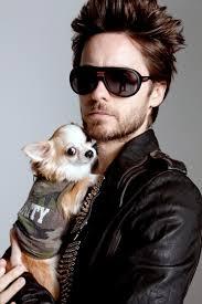 Jared Leto Loves Scarves & Fingerless gloves & Sunglasses | pop babble  Jared Leto