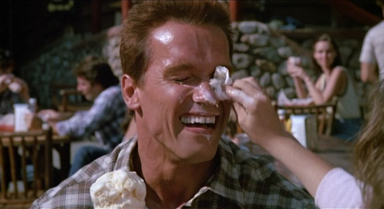 commando arnie screaming
